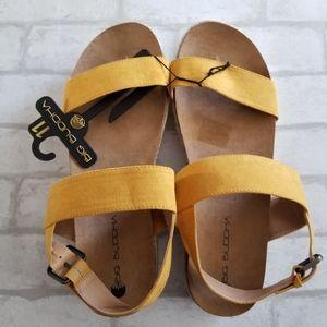 Big Buddha Yellow Sandals NWT